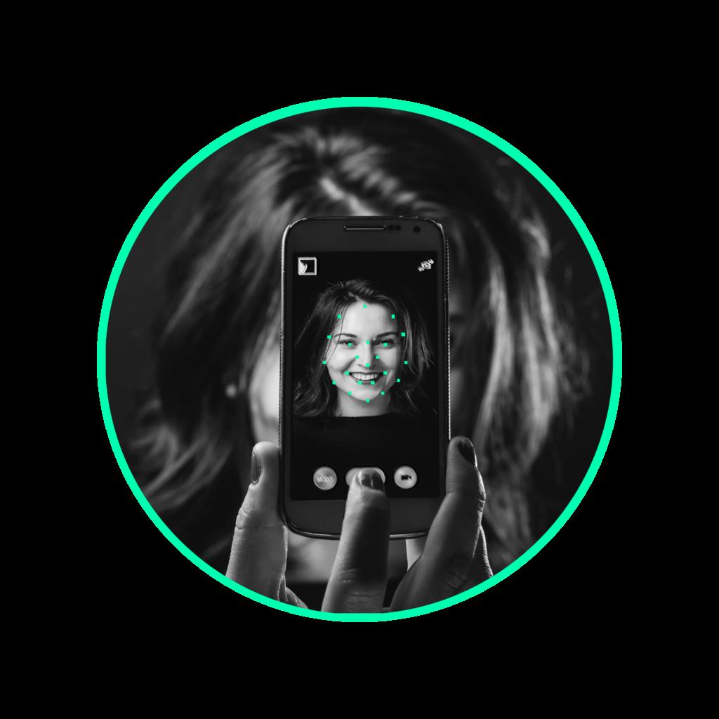 zdjęcie na podstronie usługi - rozpoznawanie twarzy